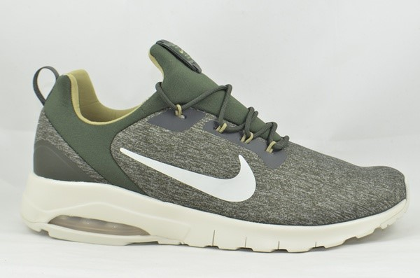 NIKE CHICO 916771 AIR MAX  MOTION RACER 300 OLIVE
