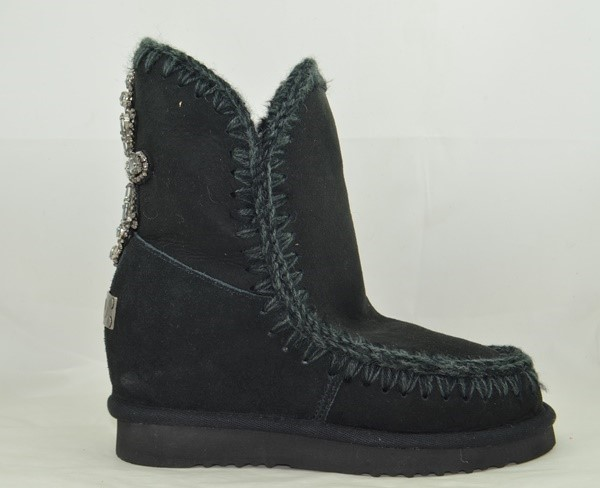 BOTA MOU INNER WEDGE BACK CROSS PATCH BLACK